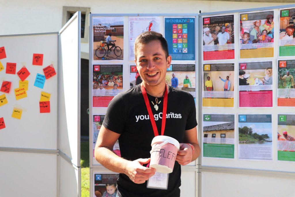 Luka Oven sodelavec young caritas